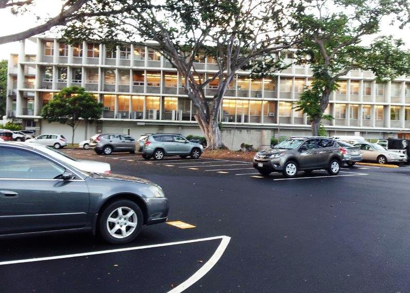 Parking Lot L (Kinau Hale)